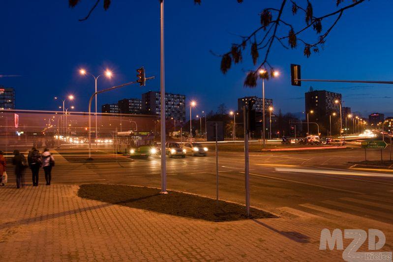 Oglądasz zdjęcia z artykułu: Ulice Kielc nocą